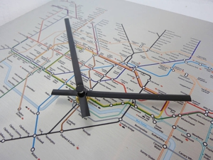 Original_london-underground-tube-map-clock_4_300x300